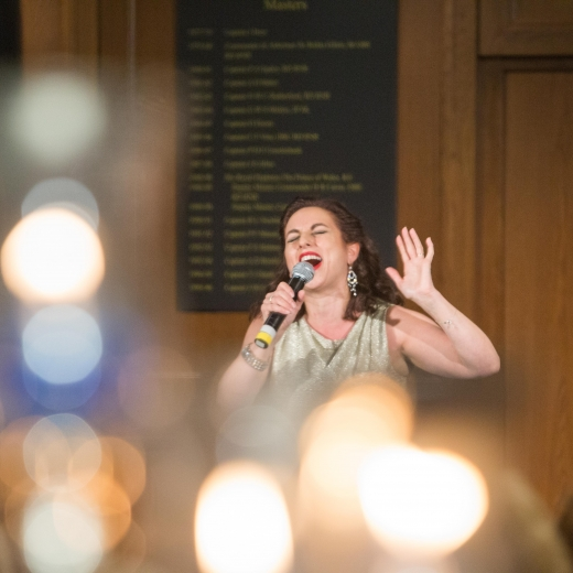Joanna L - Broadway/West End/Cabaret Singer